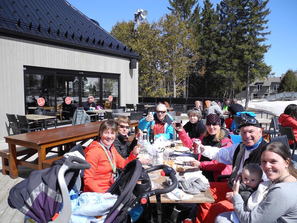 St sauveur le 14 04 2016 pour ma derni re journ e de ski for Lunch entre amis
