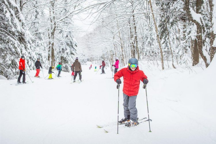 Patrice Bélanger redécouvre le ski en famille