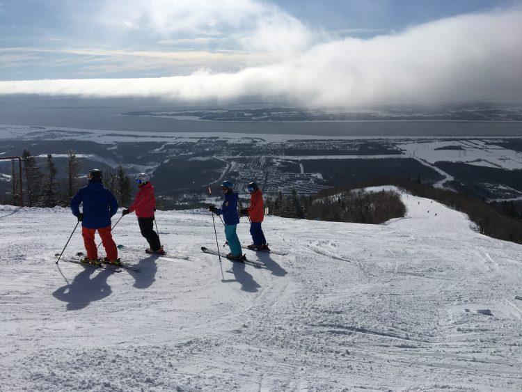 Mont Sainte-Anne.  Un avant-goût du printemps.  Le 14 mars 2019.