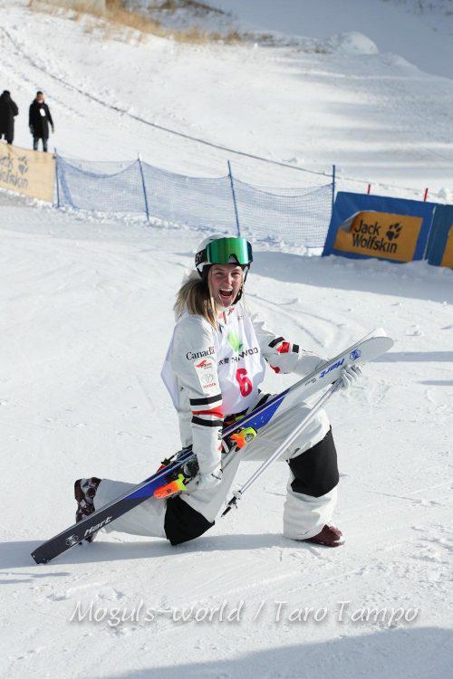 Ski acrobatique bosses – Justine remporte médaille de bronze, Chine