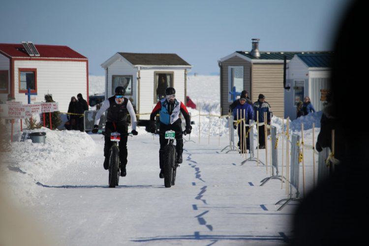 La Traversée du Lac St-Jean à vélo par Simon Cooper, coureur BMX