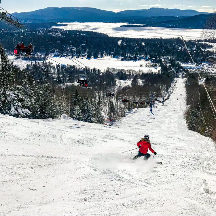 Les stations de ski suspendentleurs opérations pour une période indéterminée