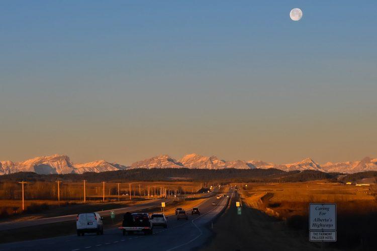 BANFF 1-12-2020: Entre la pleine lune et le grand soleil mardi, une journée surréelle, de surprises et de fous rires partagés!