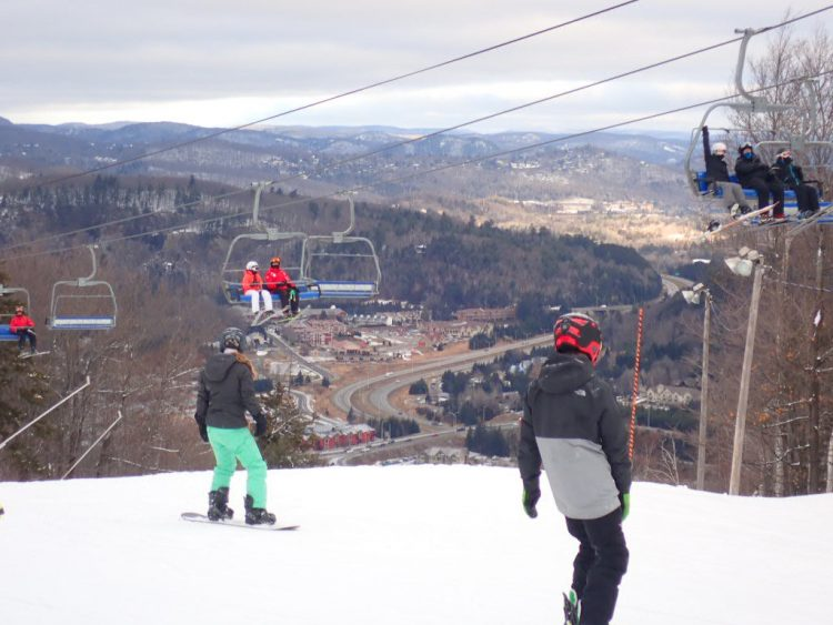 Le simple plaisir de skier au Sommet Saint-Sauveur