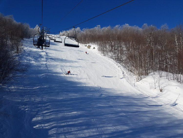 Ski Mont Orford — 19 janvier 2021 — Le ciel est bleu et la neige est blanche !