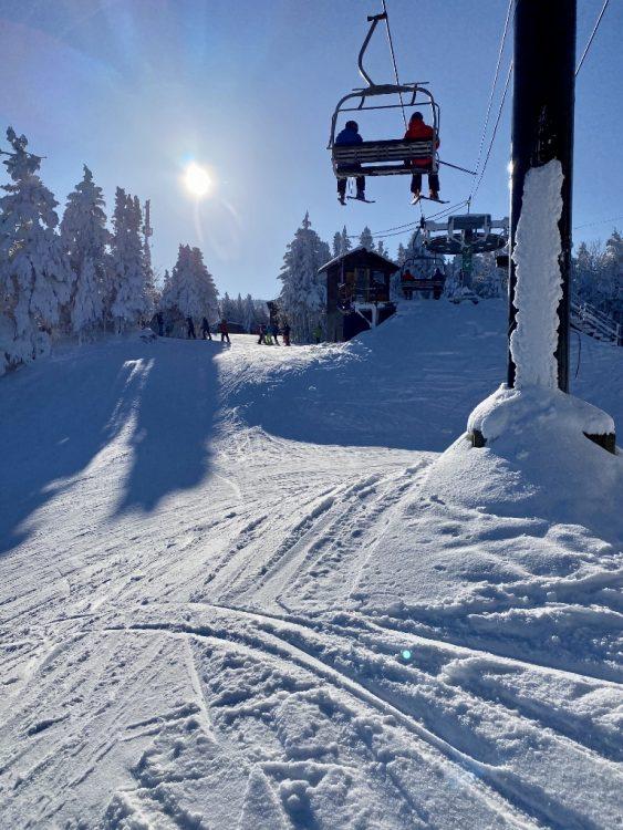 Sutton Skier sous le soleil 15 janvier