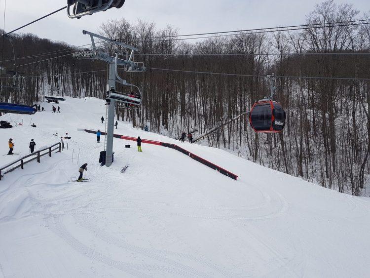 Bromont un vendredi 19 février, température exceptionnelle et très belles conditions de neige