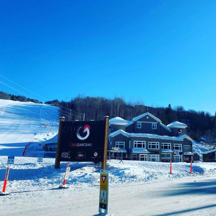 Ski Garceau sous le soleil