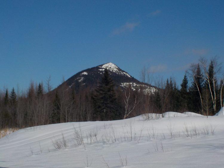 Le mont ADSTOCK, 2 Mars 2021. Pour les mordus, sous une température de -19 degrés et venteux.