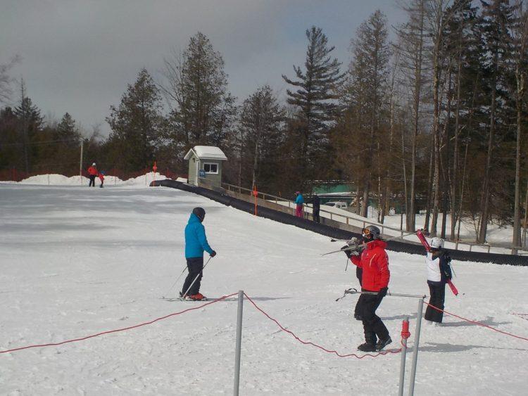 Mont Owl's Head, vendredi le 5 Mars, Le ski toujours possible -14 degrés  sous zéro.