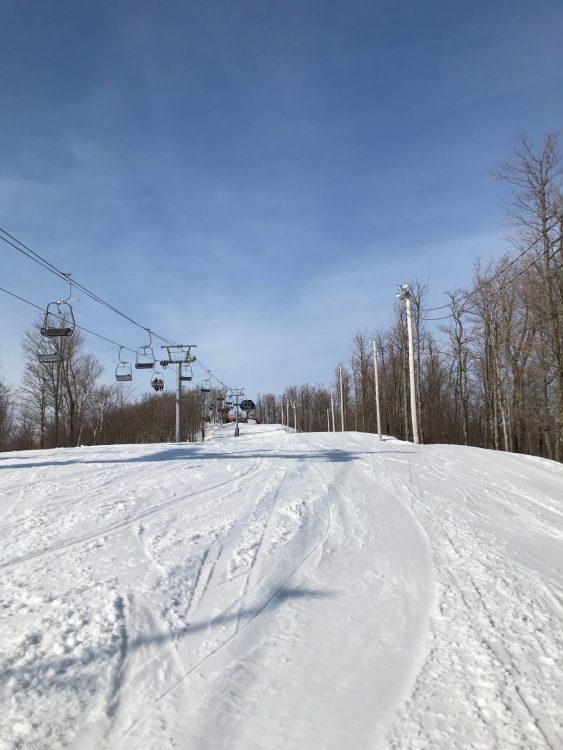 Ski Bromont, Du ski de printemps à son meilleur!! 2021-03-11