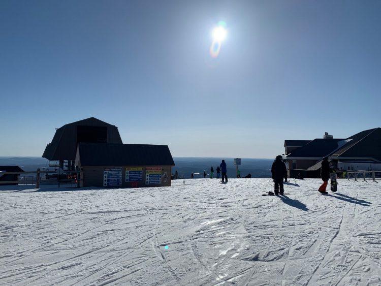 Mont Tremblant, sous le soleil, 20210321